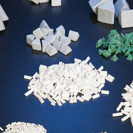 Chips abrasivos para rebarbação e tamboreamento preço